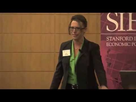 Embedded thumbnail for Lynn Vavreck speaks at SIEPR Policy Forum